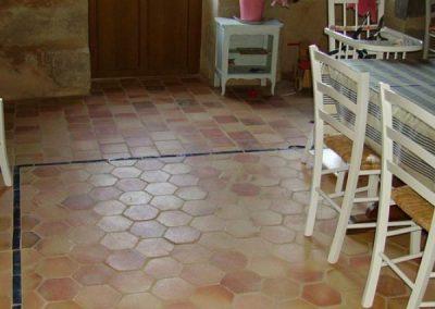 Hexagone-16-vieilli-Provence-flamme3-600x673