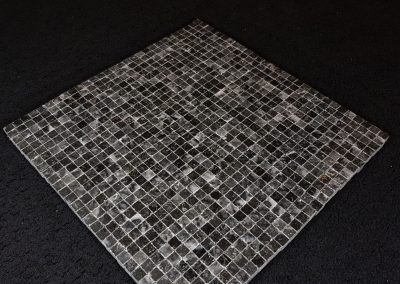 Mosaïque en marbre Néro poliche 1cmx1cmx1cm