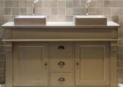 majoliques de paris, carreaux unis pour salle de bain, carreaux salle de bain, carreaux gris